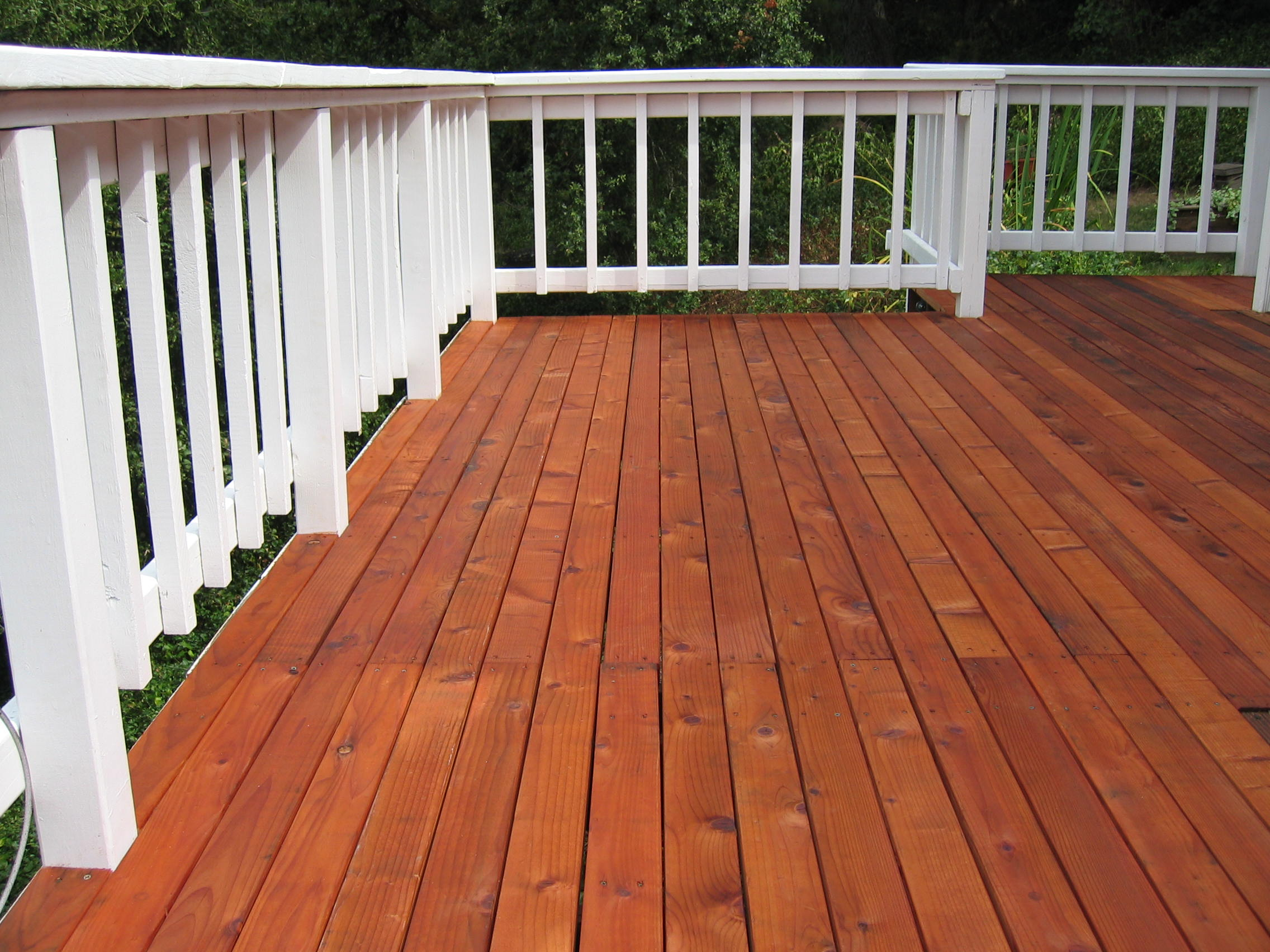 4 Important Steps To Stain A Deck That Is Made With New Boards in sizing 2272 X 1704