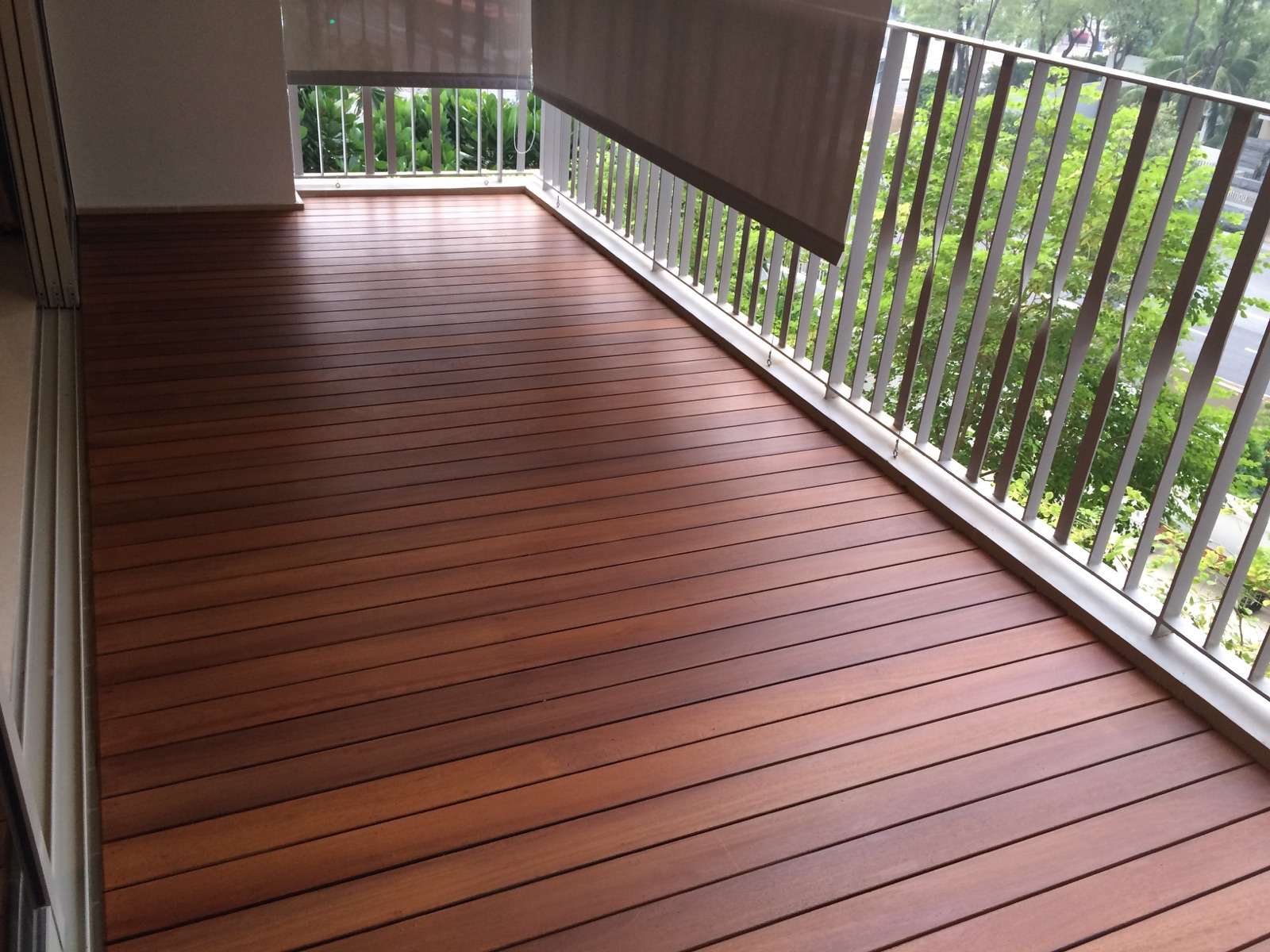 Should I Use Wood Or Composite Decking Decks Ideas