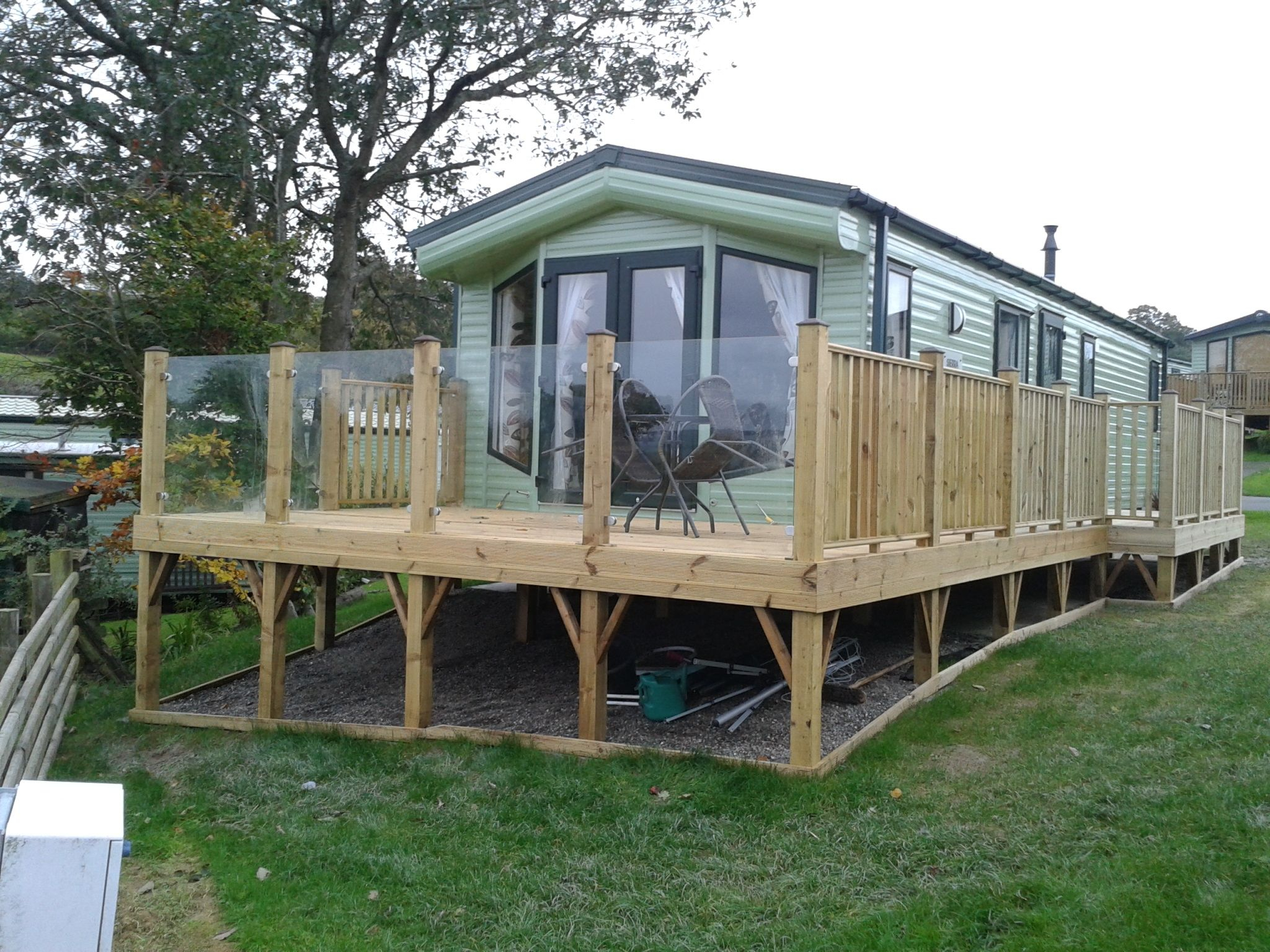 Caravan Park Glass Panels For Decking Balustrades And Patios with regard to dimensions 2048 X 1536