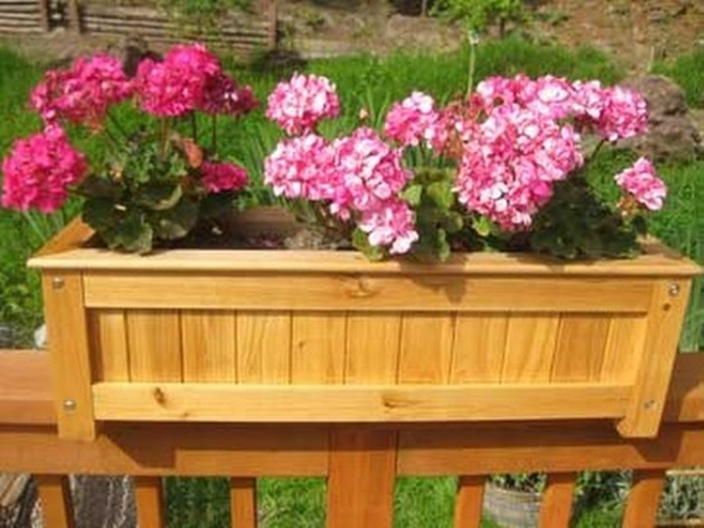 Deck Rail Planter Boxes Plans Decks Ideas throughout measurements 1024 X 768