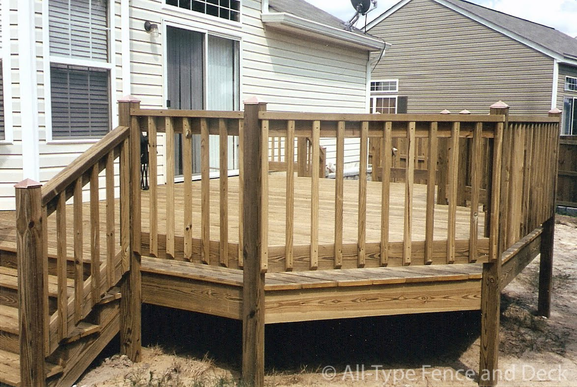 Do It Yourself Home Design: Deck Railing Wood Spindles • Decks Ideas